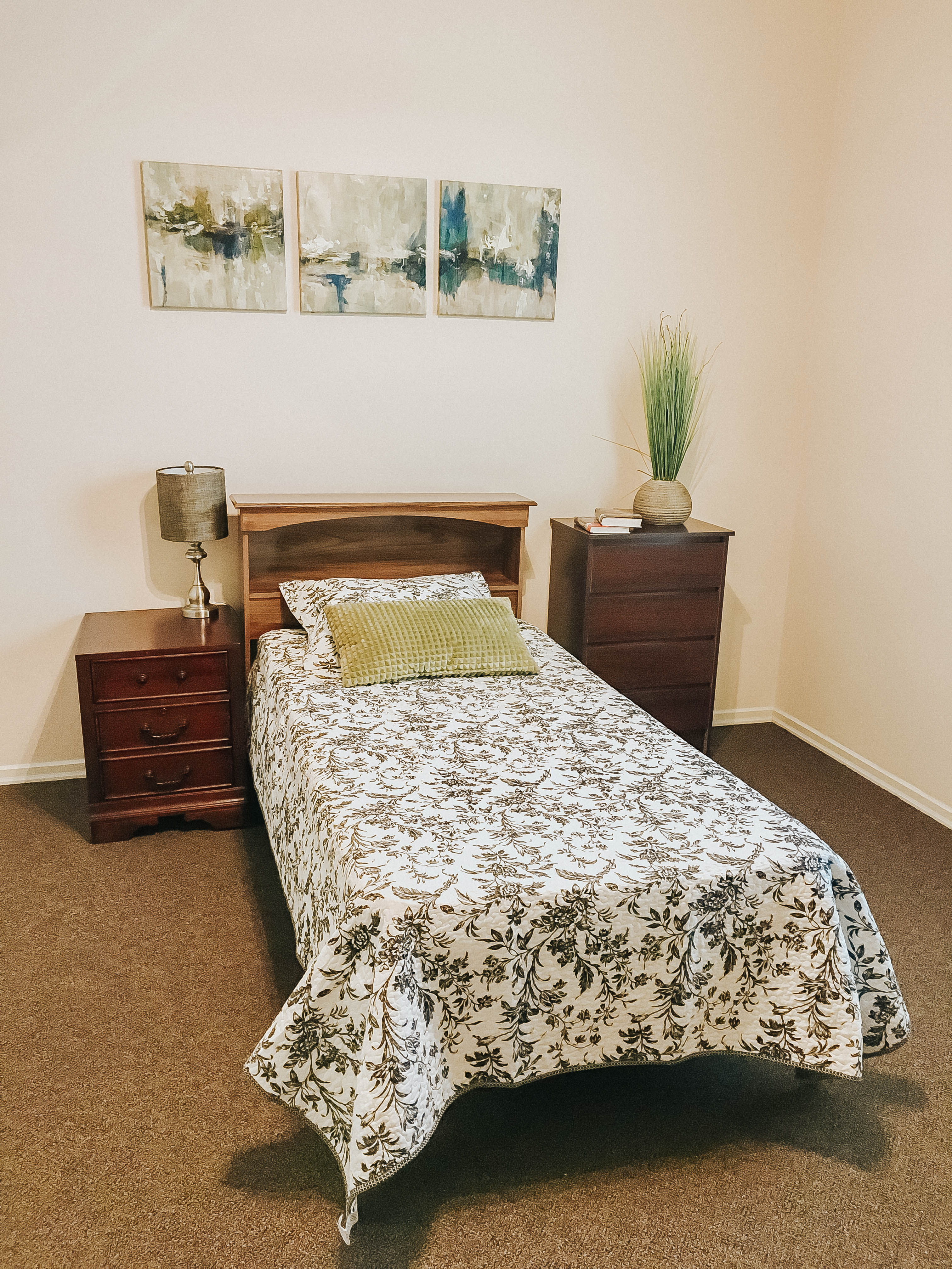Tambree Meadows Assisted Living and Memory Care Bedroom 2